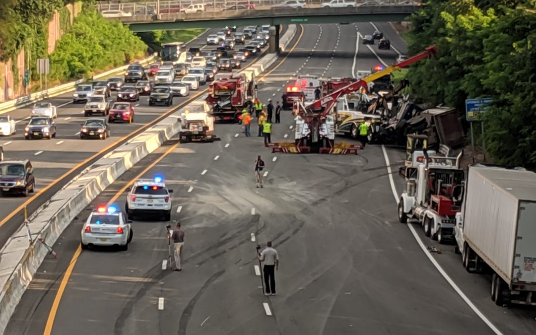 Route 280 Crash Injures 3 State Troopers | njaccident com